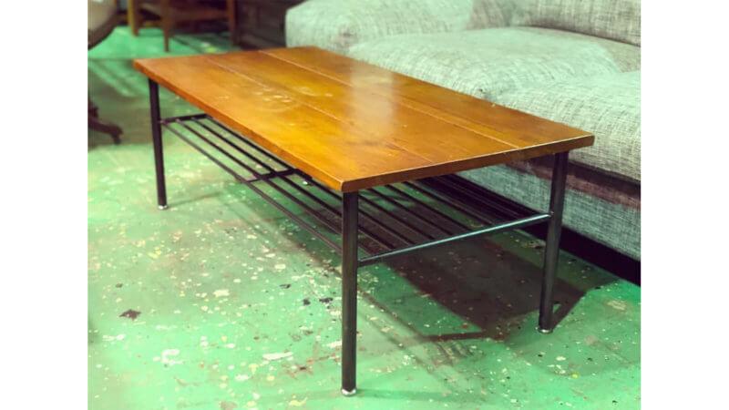journal_standard_Furniture
